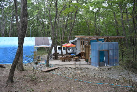 手作りのキャンプ場